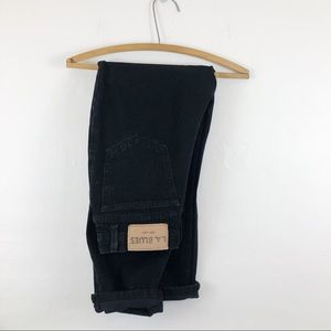 Vintage • Black High Waisted Jeans